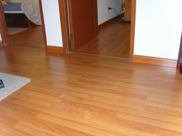 33455060_5-hardwood-floors-instalacao-e-reparacao-de-piso-laminado-6296912256-6284080584-goias